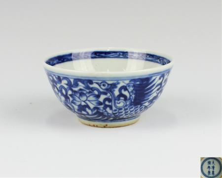 青花鳳紋碗